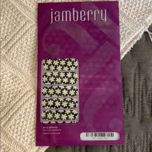 Jamberry Simply Daisy